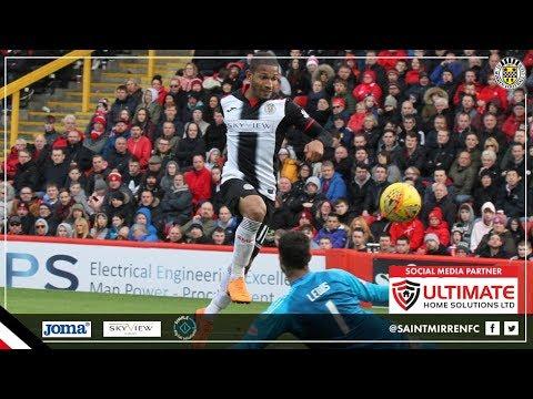 Simeon Jackson scores his first St Mirren goal