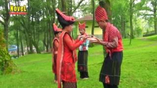 Video Super Patam Karo Penading Arih Simosar - Usman Ginting download MP3, 3GP, MP4, WEBM, AVI, FLV Desember 2017
