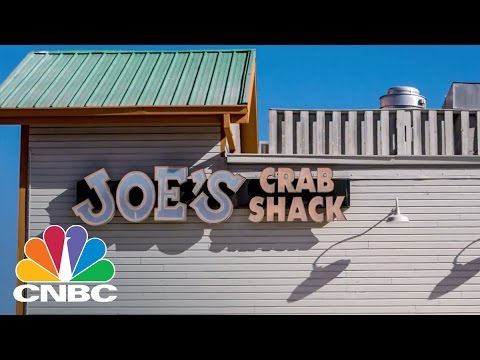 Joe's Crab Shack Ends Tipping: Bottom Line | CNBC