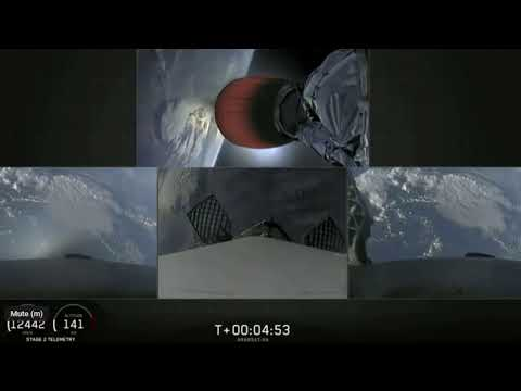 SpaceX lauch of Falcon Heavy rocket