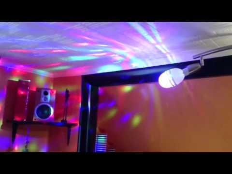 Disco DJ Stage LED Lampe RGB Party KTV Pub Auto/Voice-activated