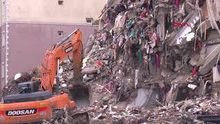 Kartal'daki Yunus Apartmanı'nın yıkımı tamamlandı, molozlar kaldırılıyor