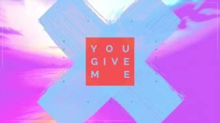 Monoir &amp Chris K - You Give Me