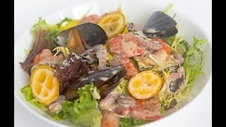 """Салат с морепродуктами и кумкватом - видео-рецепт """"Личный Повар"""""""