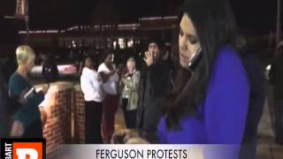 CNN Reporter Chased Off The Air By Ferguson Protesters 10/20/14