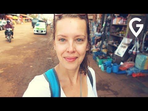 Jak wygląda zwyczajne życie w Kambodży? [ENG SUBS]