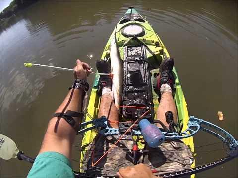 Bowfishing Gar From Kayak