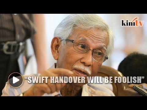 Report: Swift handover to Anwar will be 'foolish', says Daim