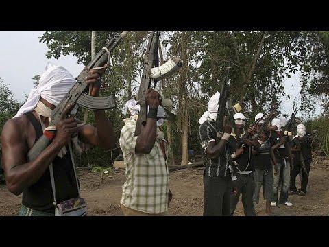 Niger Delta militant group demands foreign mediators for talks with gov't