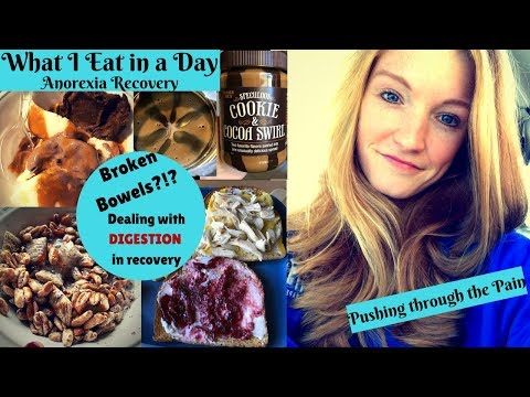WHAT I EAT IN A DAY// Digestion and bloating in recovery + tips// REAL TALK