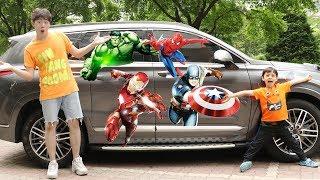 마슈가 새 자동차를 샀어요! 슈퍼히어로 캐릭터 스티커 붙이고 놀아요! Character Sticker on Mashu's Car like BoramTube