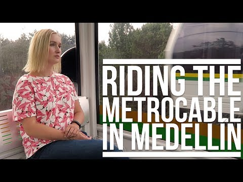 RIDING THE METROCABLE IN MEDELLÍN, COLOMBIA | Eileen Aldis