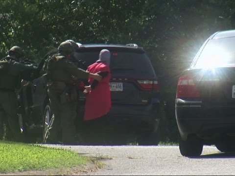 Raw: Police at Home Near Chattanooga Shooting