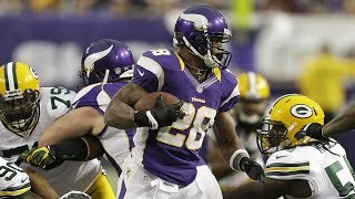 Adrian Peterson goes for Eric Dickerson's rushing record - 2012 Week 17 Vikings vs. Packers