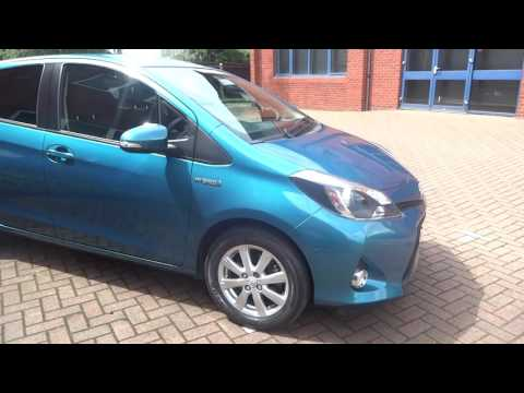 Toyota Yaris Hybrid 1.5 VVT-i   Ideal condition 2013 years like new
