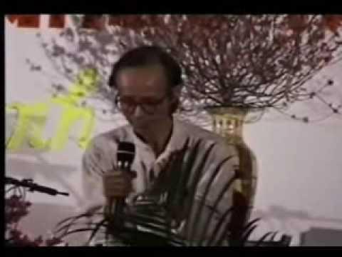 """Trịnh Công Sơn hát """"Sóng Về Đâu"""" - Singapore Tết 1998"""