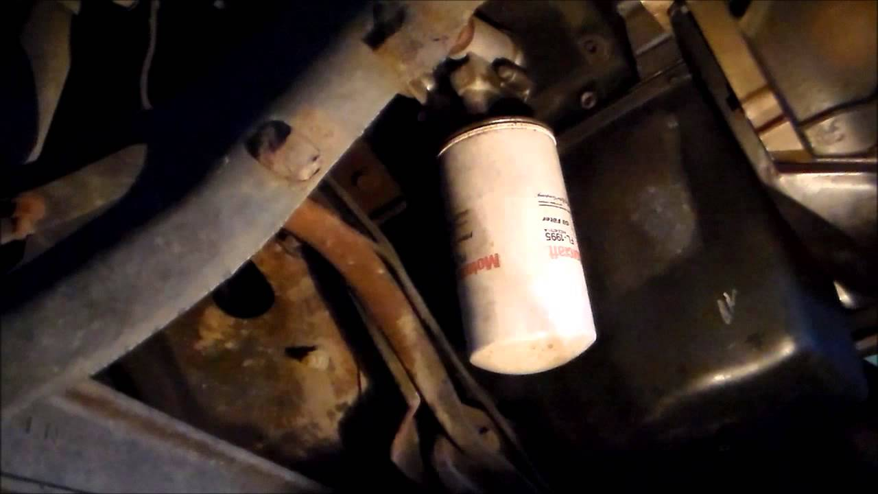 Ford F250 7 3 Liter International Diesel Engine Oil Change