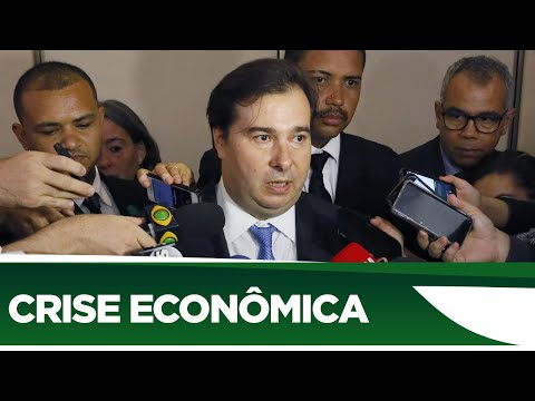 Maia afirma que Parlamento será colaborativo para construir soluções para crise