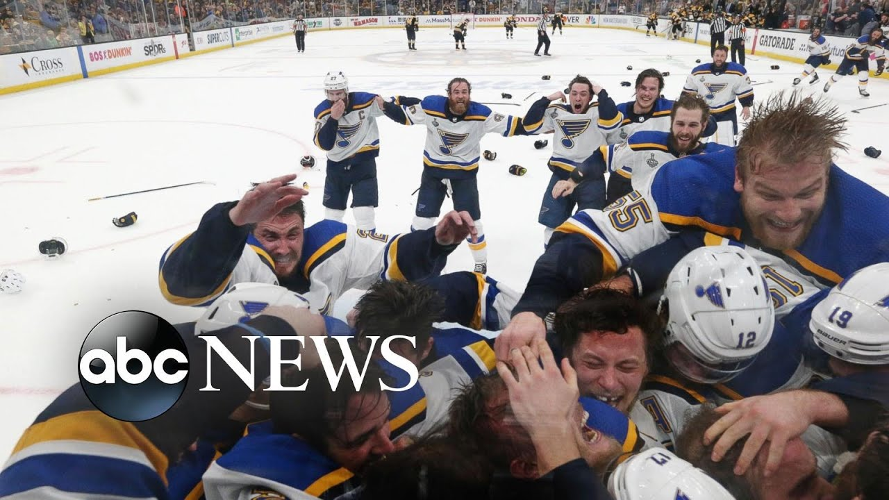 ABC News:World in Photos, June 13: Stanley Cup winners, Ebola workers, Amanda Knox