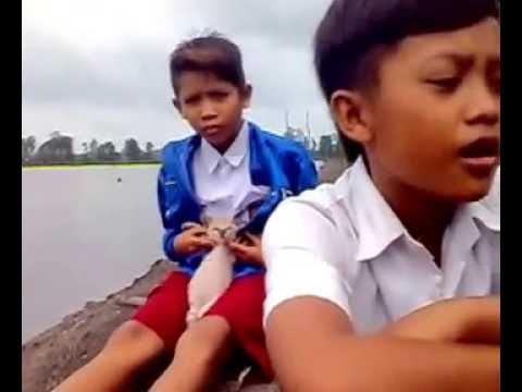 Tio Akbar Saputra-SEBATAS MENGAGUMI(by:Jepri Parudi Wijaya)Kuala Lebung Hitam SUMSEL