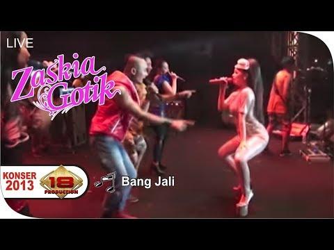 Live Konser Dangdut ~ Zaskia Gotik - Bang Jali @Brebes, 11 Desember 2013