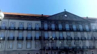 Город Порту. Центр города.