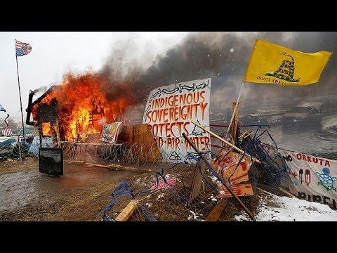 Dakota, scade l'ultimatum, sgomberato campo Sioux