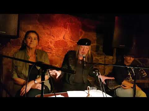 HC Schmidt singt sound of silence in deutsch