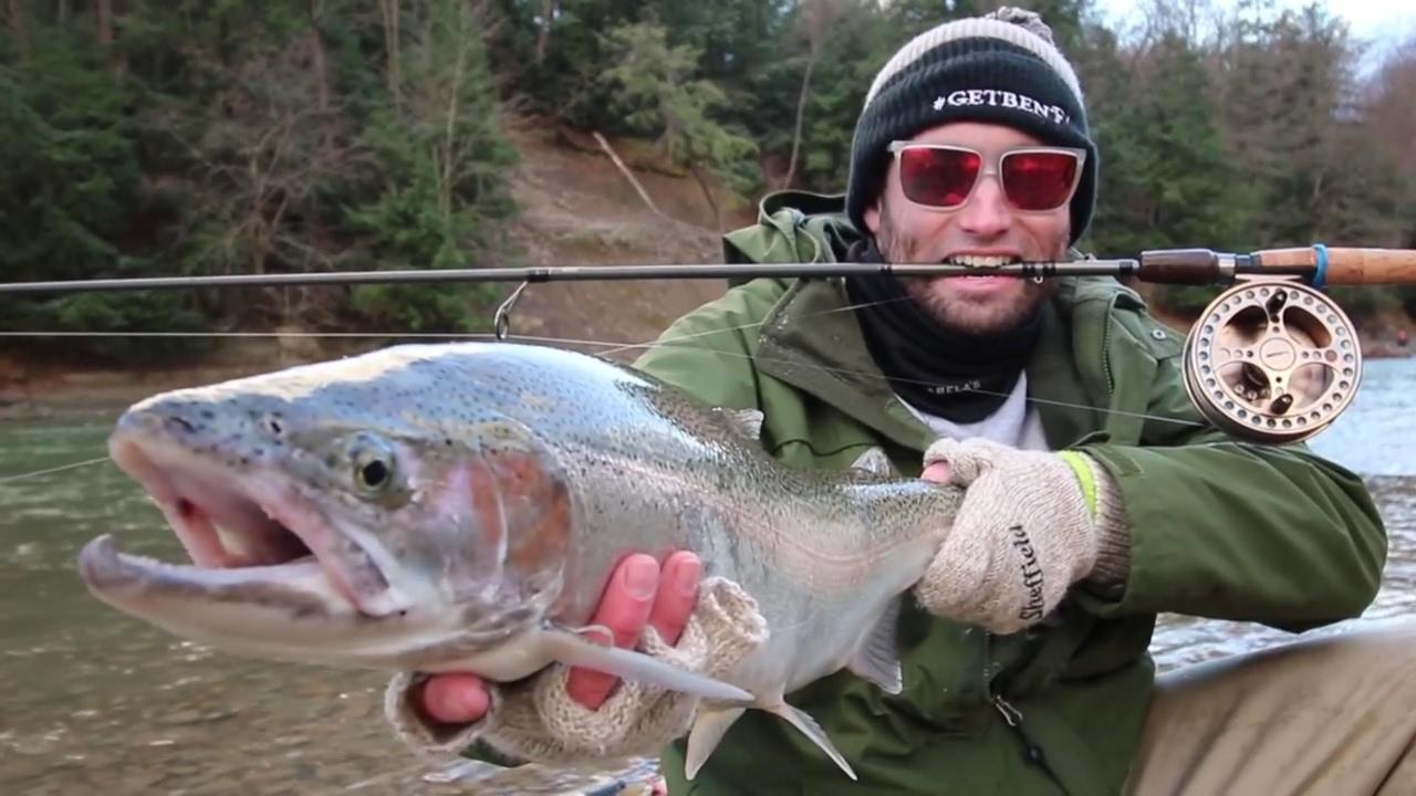 Cattaraugus creek steelhead trout fishing youtube for Cattaraugus creek fishing report