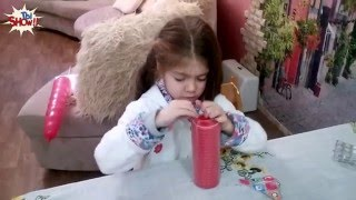 Реакция детей на плохие подарки к Новому году 2016 - Kids React To Bad Gifts(Новое видео - реакция детей на плохие подарки к Новому году 2016. Дети реагируют на ужасные подарки. Подпишись..., 2016-01-11T18:27:06.000Z)