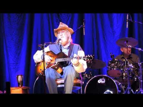 Don William Performs Amanda At The Olympia Dublin