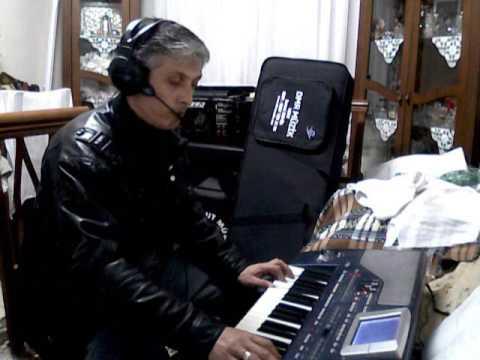 NALIN DİLBER...Piyanist: Hasan Karabulut.