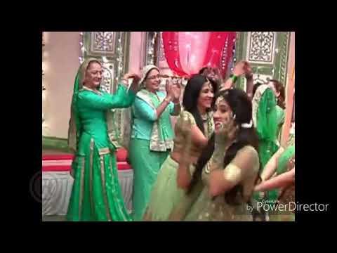 Mehndi Lagan Rachi hatha main....SuperHit Song