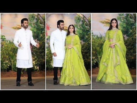 Alia Bhatt & Ranbir Kapoor At Sonam Kapoor's Wedding Reception