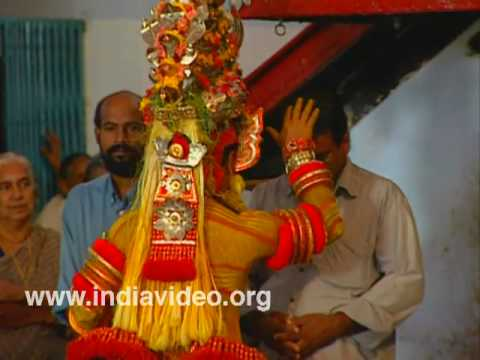 Parassinikkadavu, Theyyam, Muthappan temple, Ritual dance, Kannur, Kerala, India