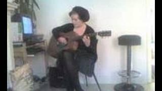 Adele Singin to me