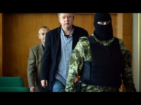 Ukraine: Pro-Russian separatists free a Swedish observer 'on
