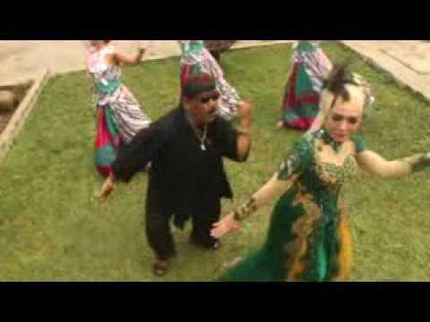 H Dodi Mansyur Feat. Nurlia Puspa A - Buah Kawung
