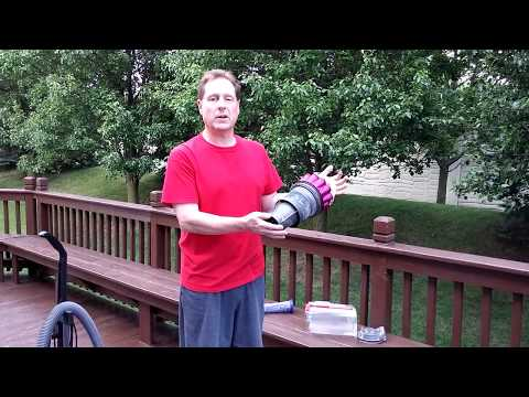 Cleaning Dyson DC65 Cyclones