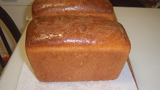 Белый хлеб на ржаной закваске