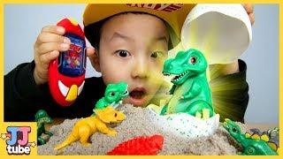 공룡 레이더로 말하는 거대 티라노 알을 찾아요! 공룡메카드 캡쳐카 데본드 하린 스테노 티라노사우르스 스테고 장난감 놀이 [제이제이튜브-JJ tube]