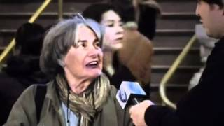 Impractical Jokers S01E01 - Grand Central Interviews