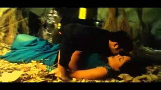 sameera reddy Hot Song from Narasimhudu @ MusicGlitz.com
