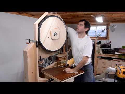 Big bandsaw build 6: Enclosure, milling a log