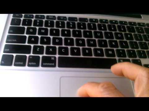 How to copy and paste on MacBooks