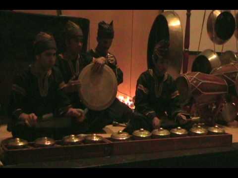Minang Talempong Instruments