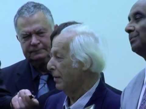 Ibn Rushd Preis 2009 Preisübergabe تسليم جائزة ابن رشد لـ د. سمير أمين