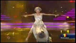 Bailando por el Mundo Andreea y Petrisor - A go-go