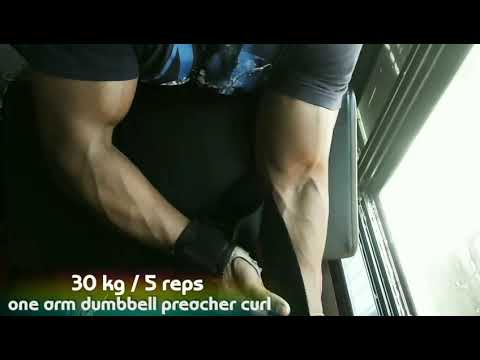Biceps day- One arm dumbbell preacher curl