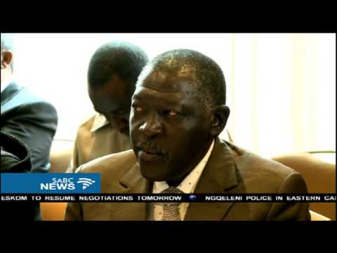 Thabo Mbeki is facilitating Sudan talks with opposition parties